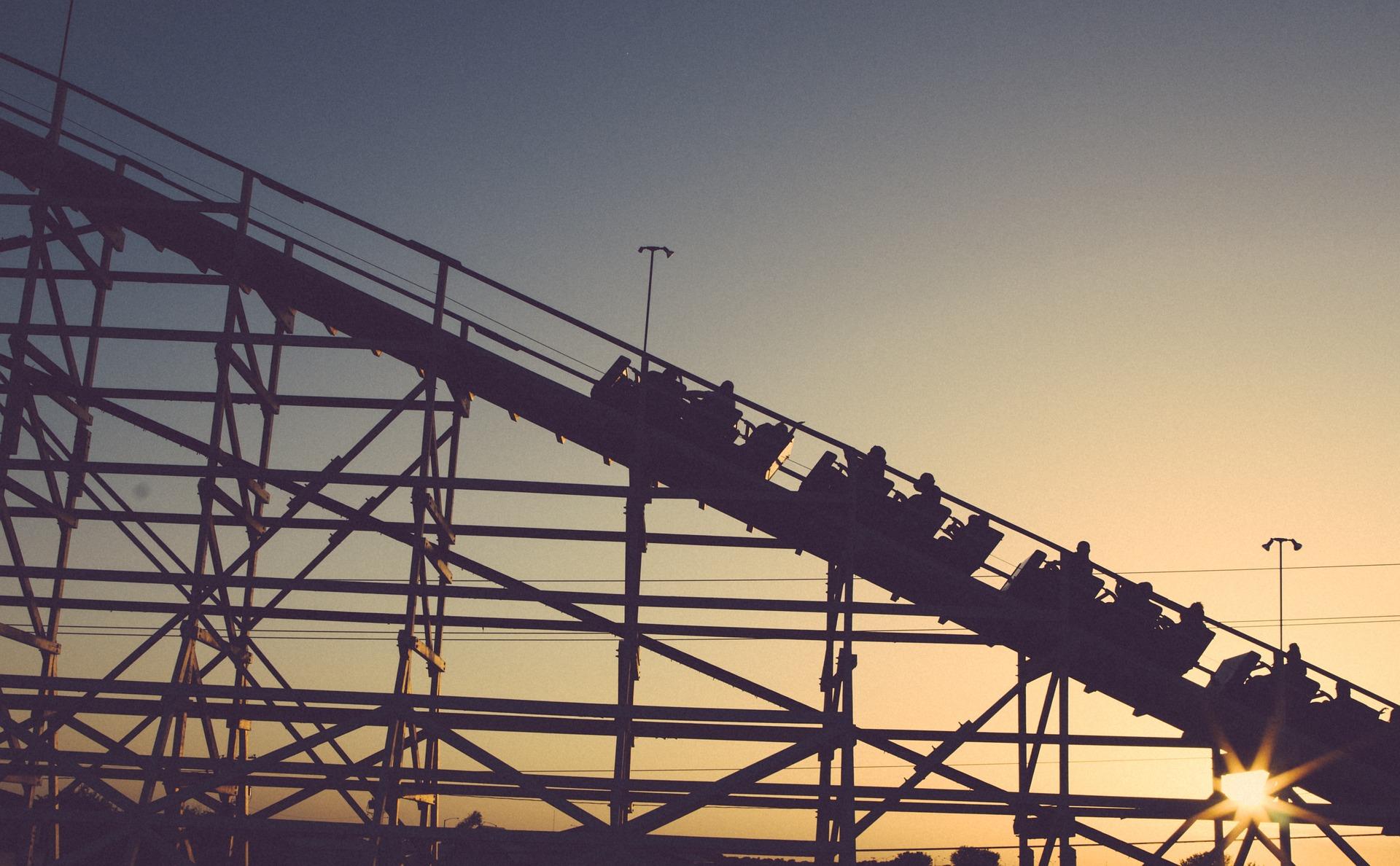 roller-coaster-1209490_1920.jpg